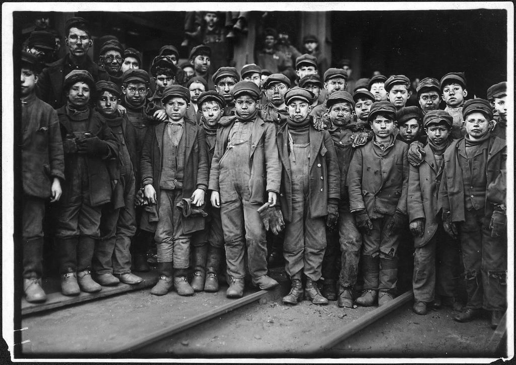 [Mémoire des luttes] L'invention du capitalisme: comment des paysans autosuffisants ont été changés en esclaves salariés pour l'industrie (Yasha Levine, sur partage-le.com)